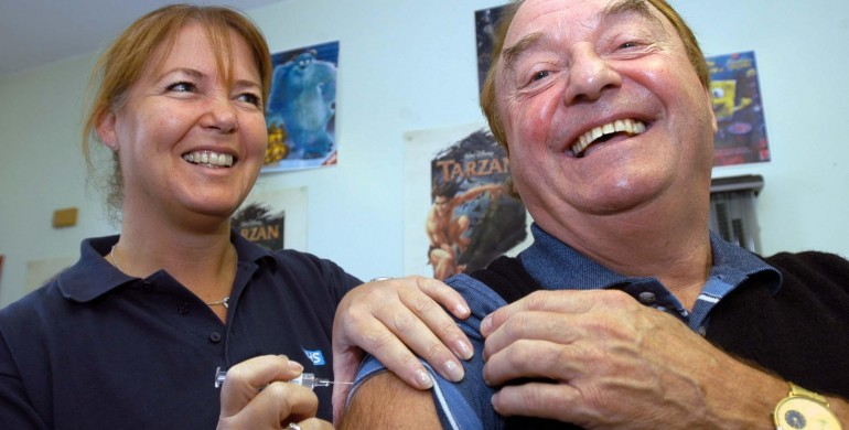 Gerry Marsden receives a flu jab