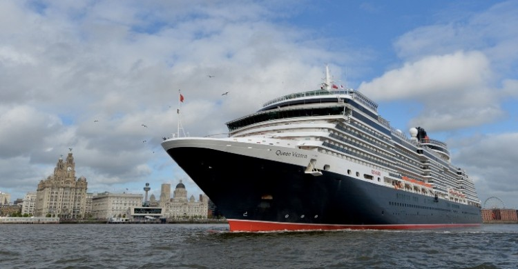 Queen Victoria departs Liverpool