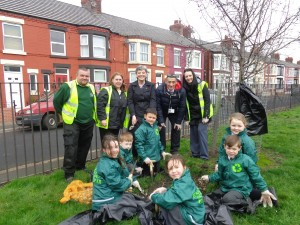 Rice Lane pupils and helpers plant the bulbs